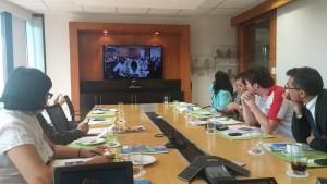 La presentación se vio mediante videonferencia en las oficianas del Banco Mundial en Asunción acompañados de periodistas quienes pudieron realizar consultas a los ponentes en Washington DC.